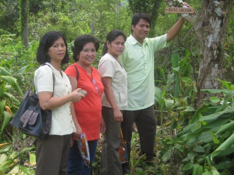 "from left Mam Vigrie Vitangcol, Mam Beth Pungsalang, Mam Justin Dorado. wala po ""AKO"" sa kasi ako ang kumuha picture. hehehe"