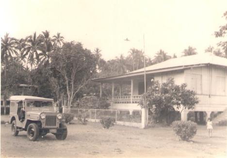 Old Photo RES Home Economic Bldg'