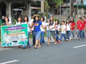 Kick-off parade marks the start of the Brigada Eskwela '09