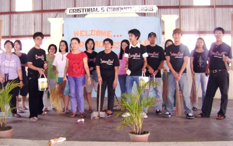 BatangRizalOrg. supports  Brigada Eskwela '09 at the Cristobal S. Conducto MNHS